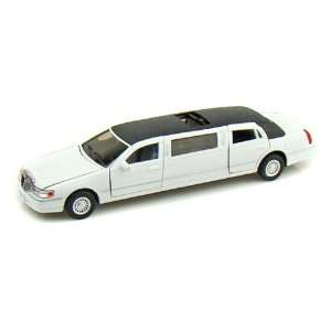 1999 Lincoln Town Car Stretch Limousine 1/38 White Toys