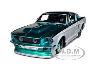 MUSTANG GT TEAL/WHITE CUSTOM 124 DIECAST MODEL CAR BY MAISTO 31094