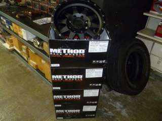 17 inch METHOD RACING  THE STANDARD WHEEL 8X165.1 CHEVY HD 8 LUG