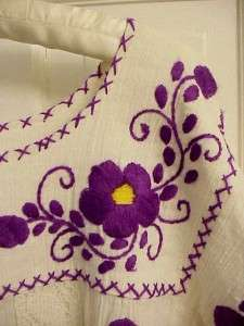 MEXICAN PEASANT DRESS EMBROIDERED PURPLE FLORAL CROCHET LACE HIPPIE