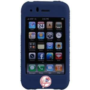 New York Yankees Navy Blue MLB Silicone iPhone Cover